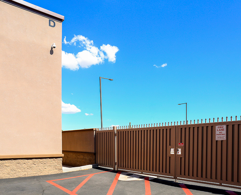 Secure Car Storage Units in Scottsdale, Lone Mountain, Chandler, Cave Creek