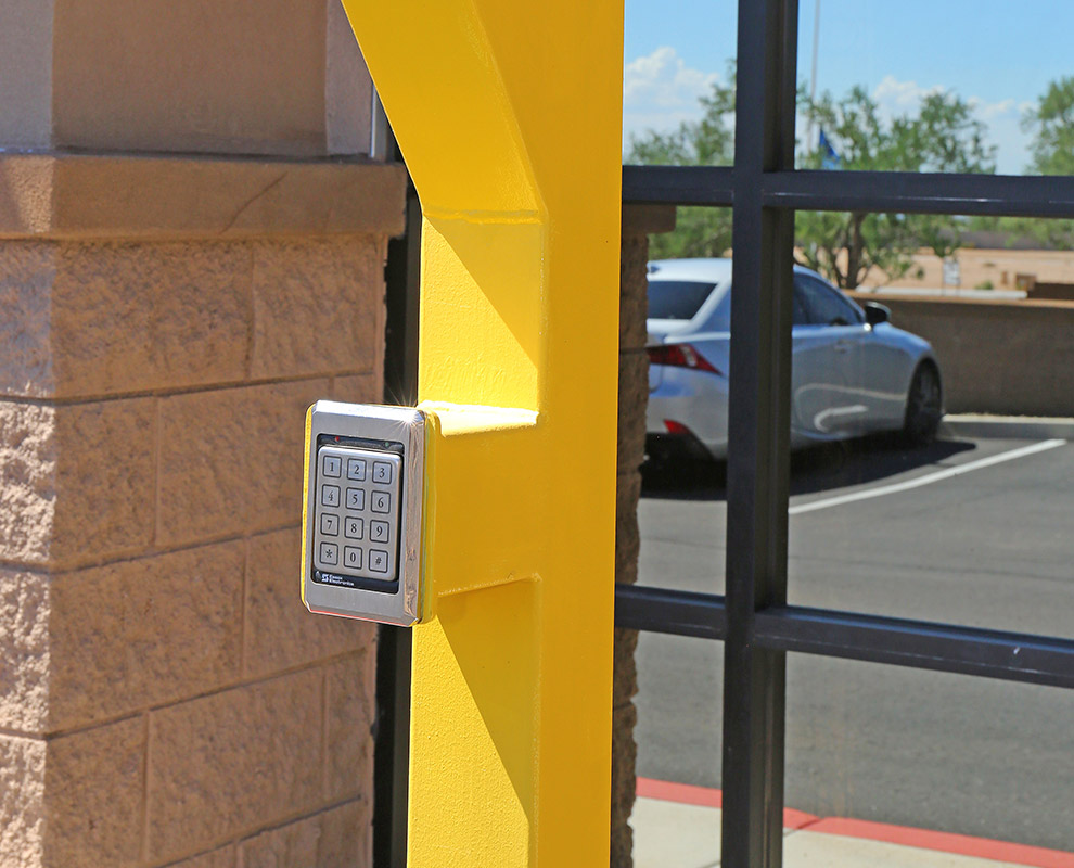 Secure Car Garage Units in Scottsdale, Lone Mountain, Chandler, Cave Creek