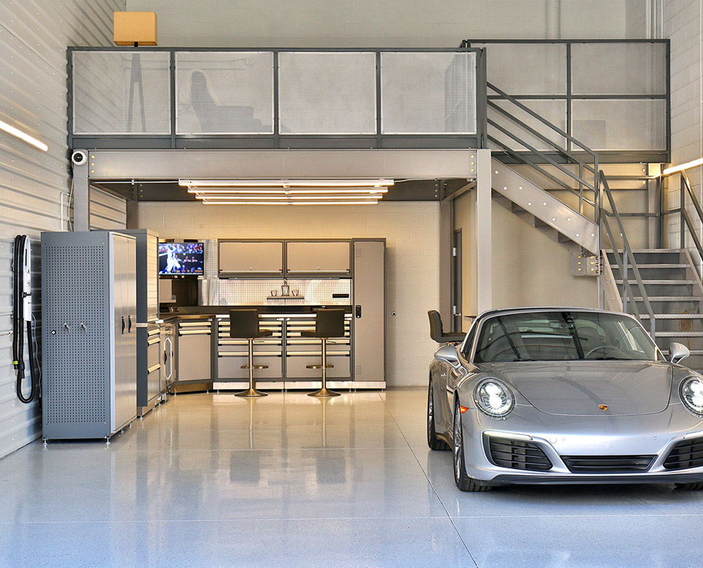 Luxury Car Garage in Lone Mountain